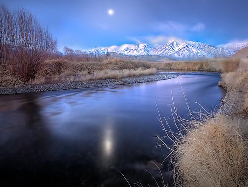 california landscape twilight bishop owensvalley easternsierras mounttom owensriver vosplusbellesphotos