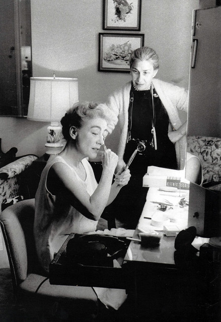 Joan Crawford and Eve Arnold, 1959