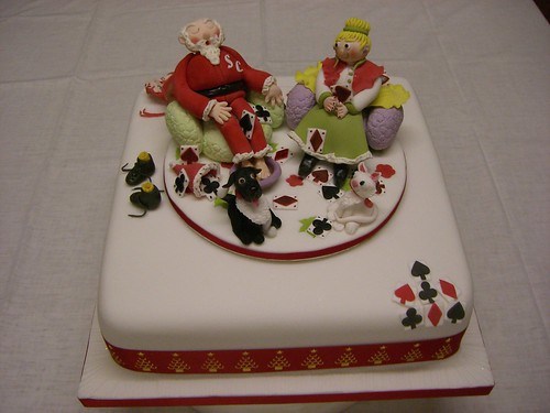 Mr and Mrs Santa Xmas Cake