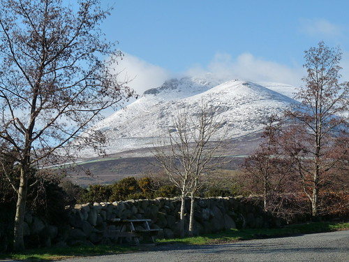 The Mournes with a dusting of snow by ronmcbride66