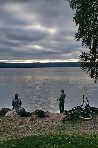 travel viaje sunset people lake suomi finland children geotagged lago atardecer gente niños lahti finlandia vesijarvi luciojosémartínezgonzález luciojosemartinezgonzalez geo:lat=609916182499958 geo:lon=256448609166675
