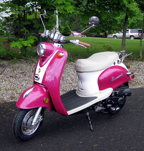 50cc pink retro scooter flickr photo sharing. Black Bedroom Furniture Sets. Home Design Ideas