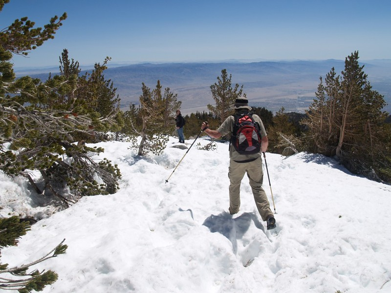 Heading down the ridge from San Jacinto Peak to Miller Peak. Lots of snow.