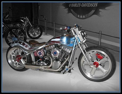 Harley-Davidson Avenger Chopper