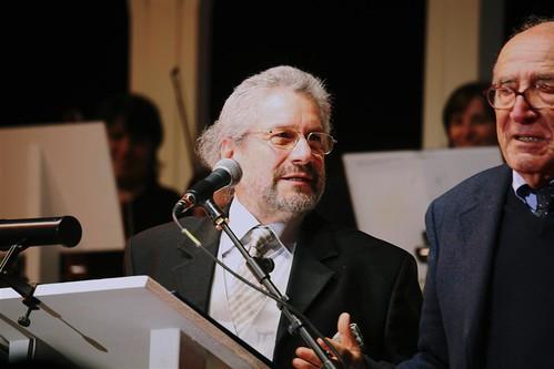 Detto Mariano direttore d'Orchestra alla prima Biennale della Poesia