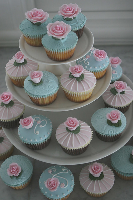 vintage chic wedding cupcakes Made Explore 6th Feb 2009