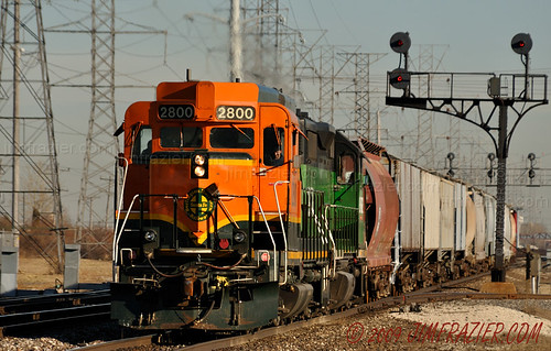 BNSF 2800 - Love that orange!