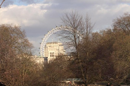 2009-03-06-054 London Foreign Office Shell Centre & London Eye from St James Park Winter