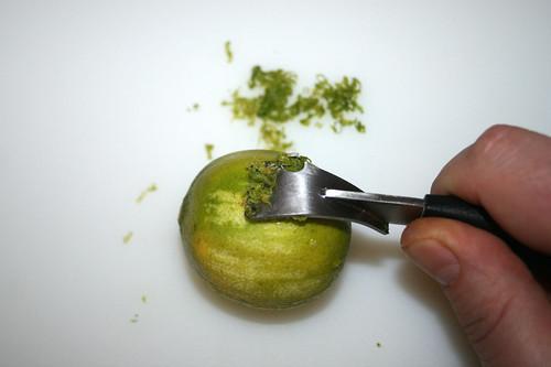 10 - Limettenschale abreiben / Grate lime peel