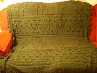 tree of life afghan on couch 2