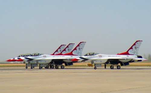 Lockheed Martin F-16C/D Fighting Falcon Thunderbirds #1,2,3,&7