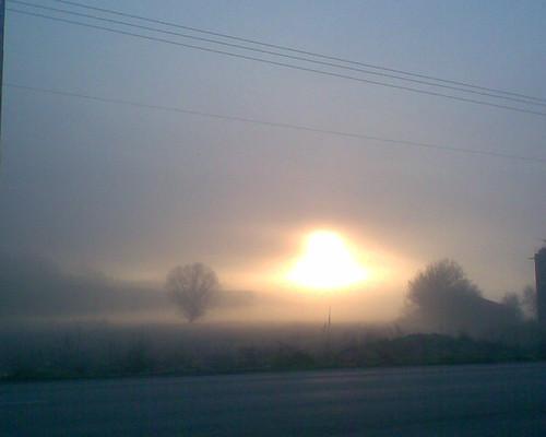 winter sun mist cold fog sunrise view hellas greece grecia mysterious romantic ellada ioannina giannena epirus ελλάδα ομίχλη panepistimioustr ανατολή πρωί ιωάννινα γιάννενα κρύο ήπειροσ