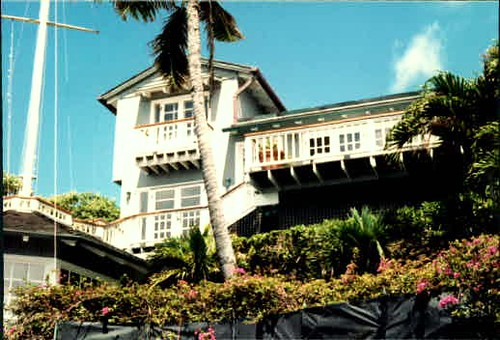 Other picture of Tom Selleck's home on Oahu | Explore bev10 ...: https://www.flickr.com/photos/aikenhorsesbybev/3841608872