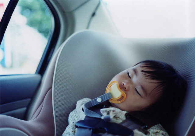 Photo:SAKURAKO. Sleep in car. By:MIKI Yoshihito (´・ω・)