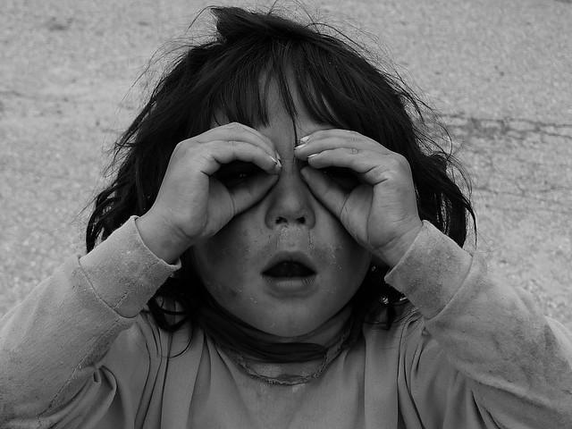 理塘的藏族小孩