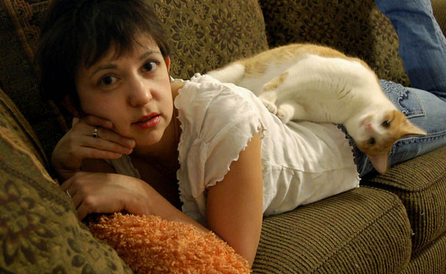Lisa Newsome with cat (2006)