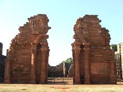 arch(0.0), temple(0.0), building(0.0), temple(0.0), historic site(0.0), hindu temple(0.0), ancient greek temple(0.0), wat(0.0), ancient history(1.0), landmark(1.0), architecture(1.0), ruins(1.0), monument(1.0), rock(1.0), archaeological site(1.0),