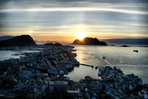 sunset sea ships ålesund fjellstua aalesund mywinners platinumphoto larigan phamilton damniwishidtakenthat