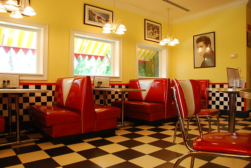 Scoops - 50's styled diner - a photo on Flickriver  Scoops - 50'...
