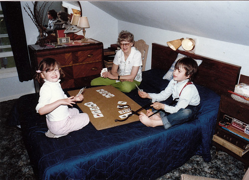 1989-Mom, Joey, and Katie play cards