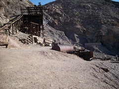 ancient history(0.0), ruins(0.0), fortification(0.0), infrastructure(0.0), mining(1.0), geology(1.0), quarry(1.0),