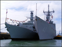 reefer ship(0.0), amphibious assault ship(0.0), fishing vessel(0.0), amphibious transport dock(0.0), minesweeper(0.0), naval ship(1.0), vehicle(1.0), ship(1.0), navy(1.0), frigate(1.0), destroyer(1.0), watercraft(1.0), warship(1.0), light cruiser(1.0),