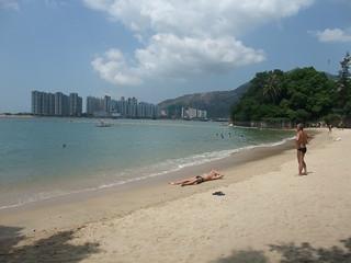 Image of Kadoorie Beach 加多利灣泳灘 Kadoorie Beach near Tuen Mun. beach bay dating housingestate wikicommons