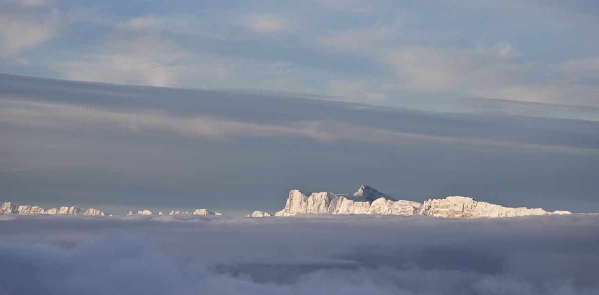Le Vercors dans la mer de nuages