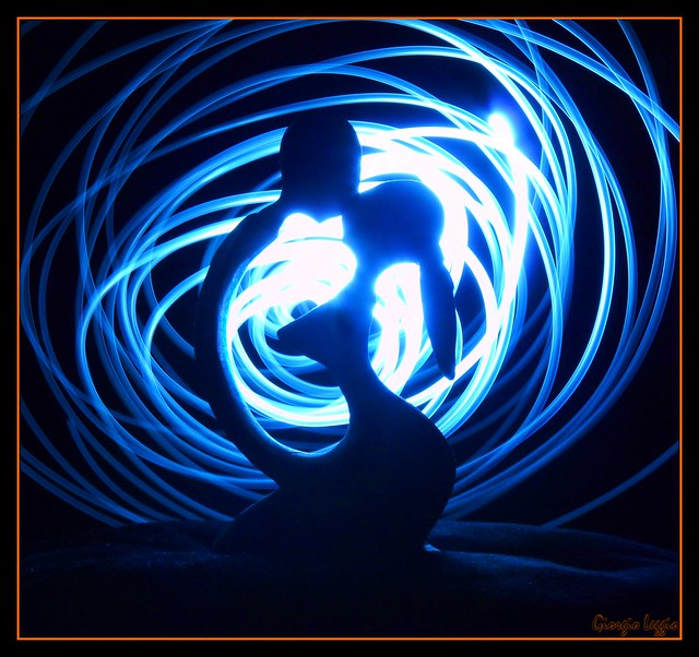 The Tunnel of Love...   ::   Lightpainting no Photoshop