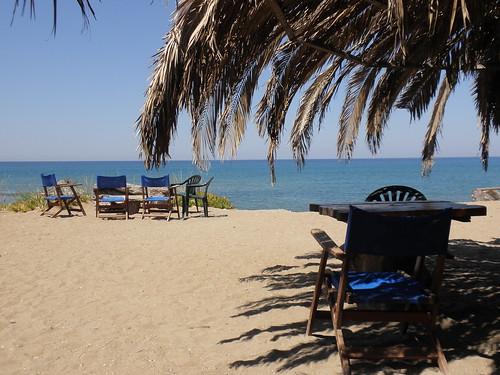 Καντίνα Θολό — seagull beach bar