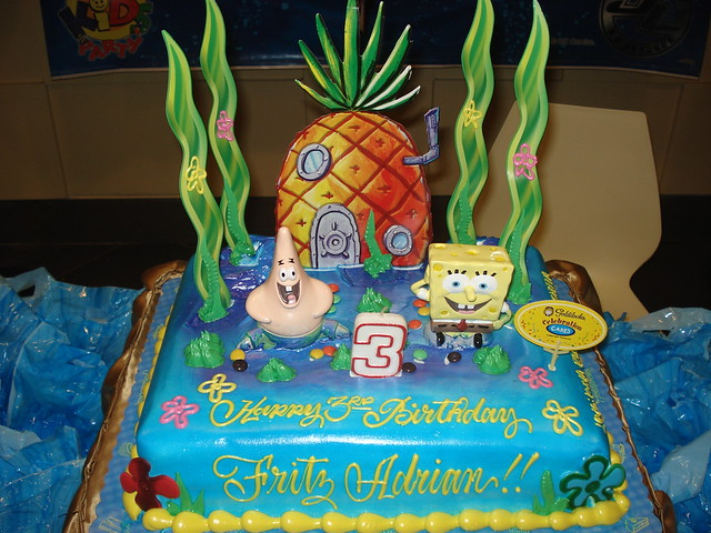Goldilocks Cake Cars Design : spongebob and patrick cake-Goldilocks Flickr - Photo ...