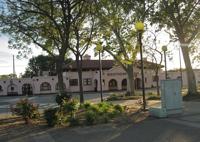 Southern Pacific Railroad Depot Of Modesto Ca Flickr