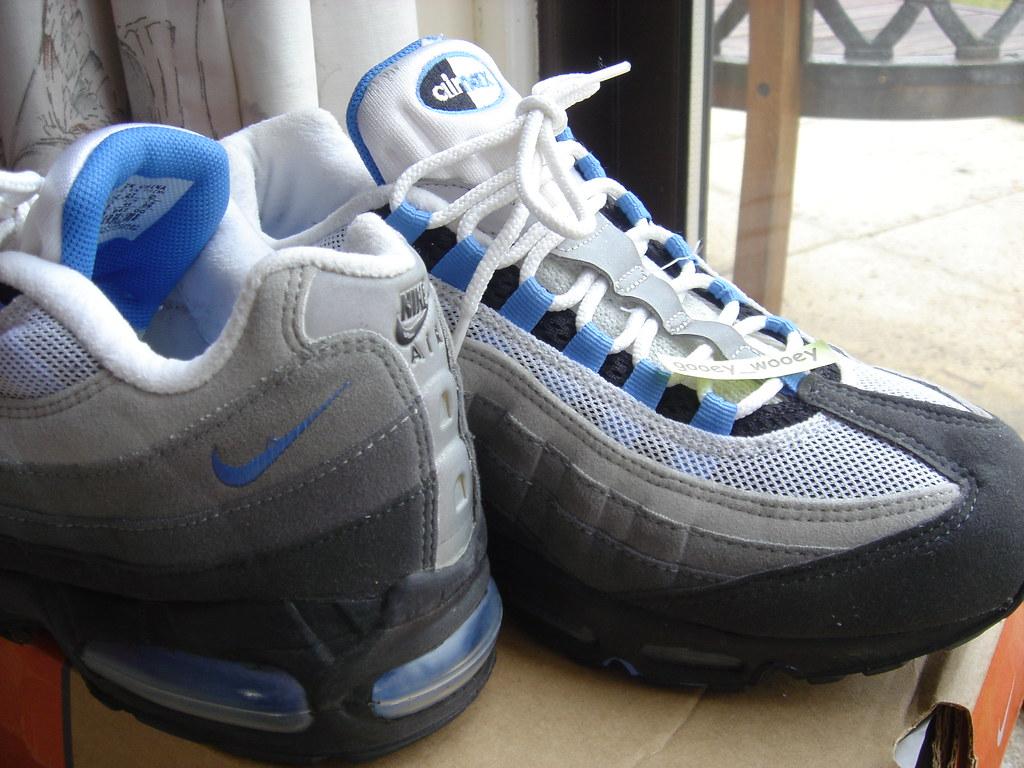 Nike Air Max 95  Black   Blue Crystal  (604116 042) ( 02).…  97c0d0819