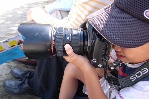 Little Shooter ,Big camera.
