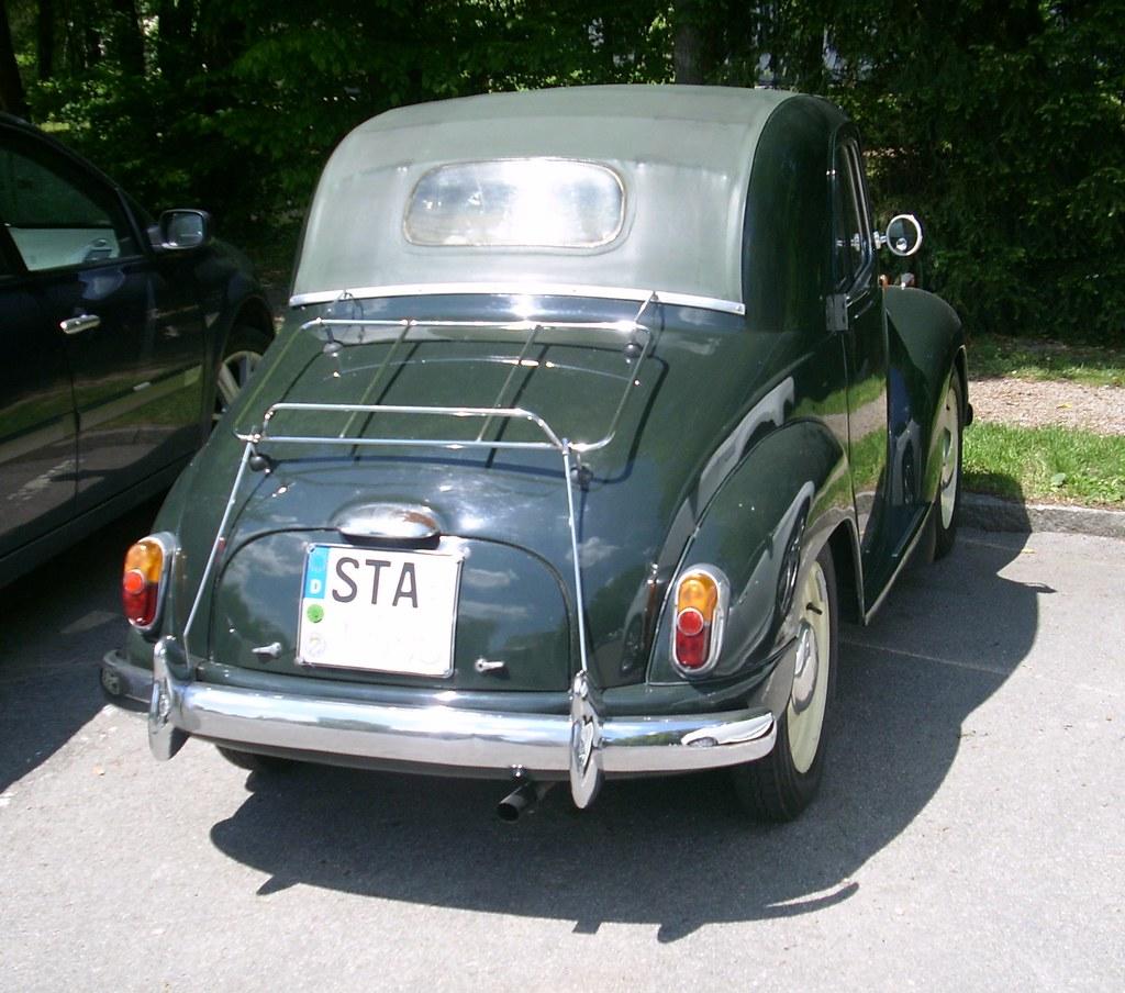 Fiat 500 C Topolino rear