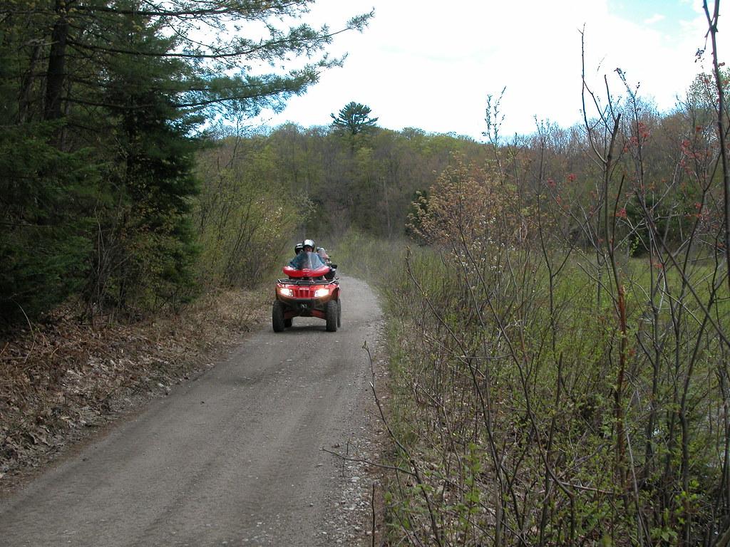 DSCN3838 Seguin Trail 2005-05