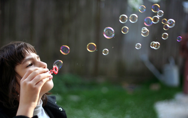 24 Soap Bubbles
