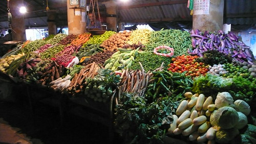 Loaded Vegetable Stand