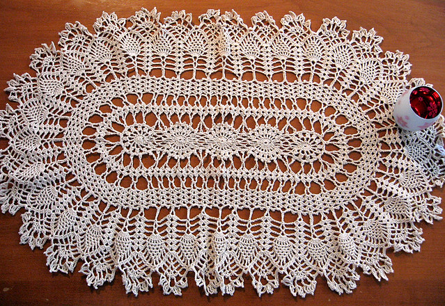 Free Pattern Crochet Oval Doily : Large Oval Crocheted Doily, Ecru Flickr - Photo Sharing!