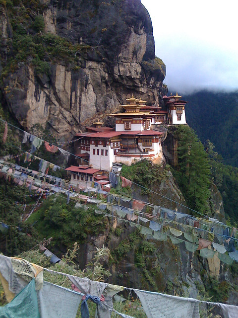 taktsang by CC user 8077290@N03 on Flickr