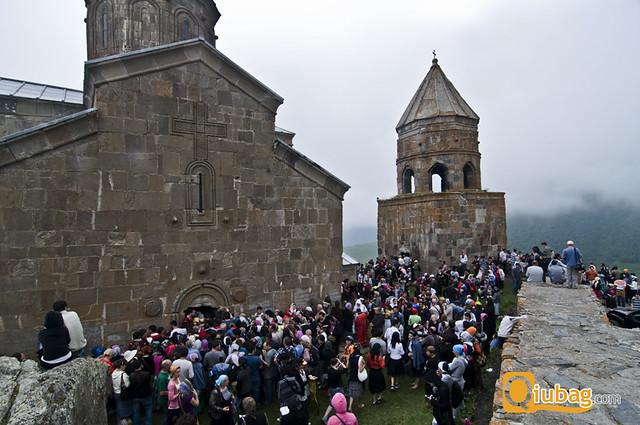 Wierni podczas modlitwy w Gruzji