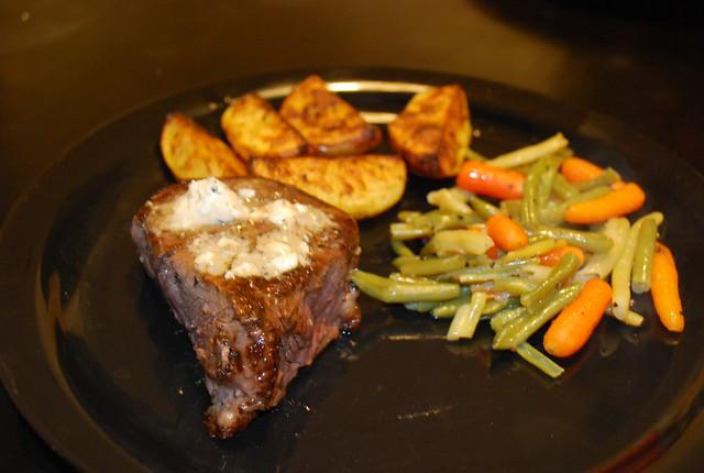 Filet Mignon With Roasted Potato Wedges Recipes — Dishmaps
