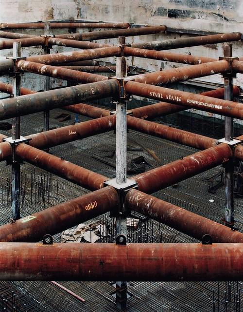 [ T ] Frank Thiel - Stadt 2-63-B (Berlin) (2002)