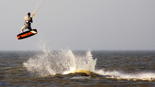 Kite Surfer zum Saisonauftakt in St. Peter-Ording
