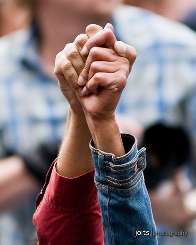 020/365 united we stand...