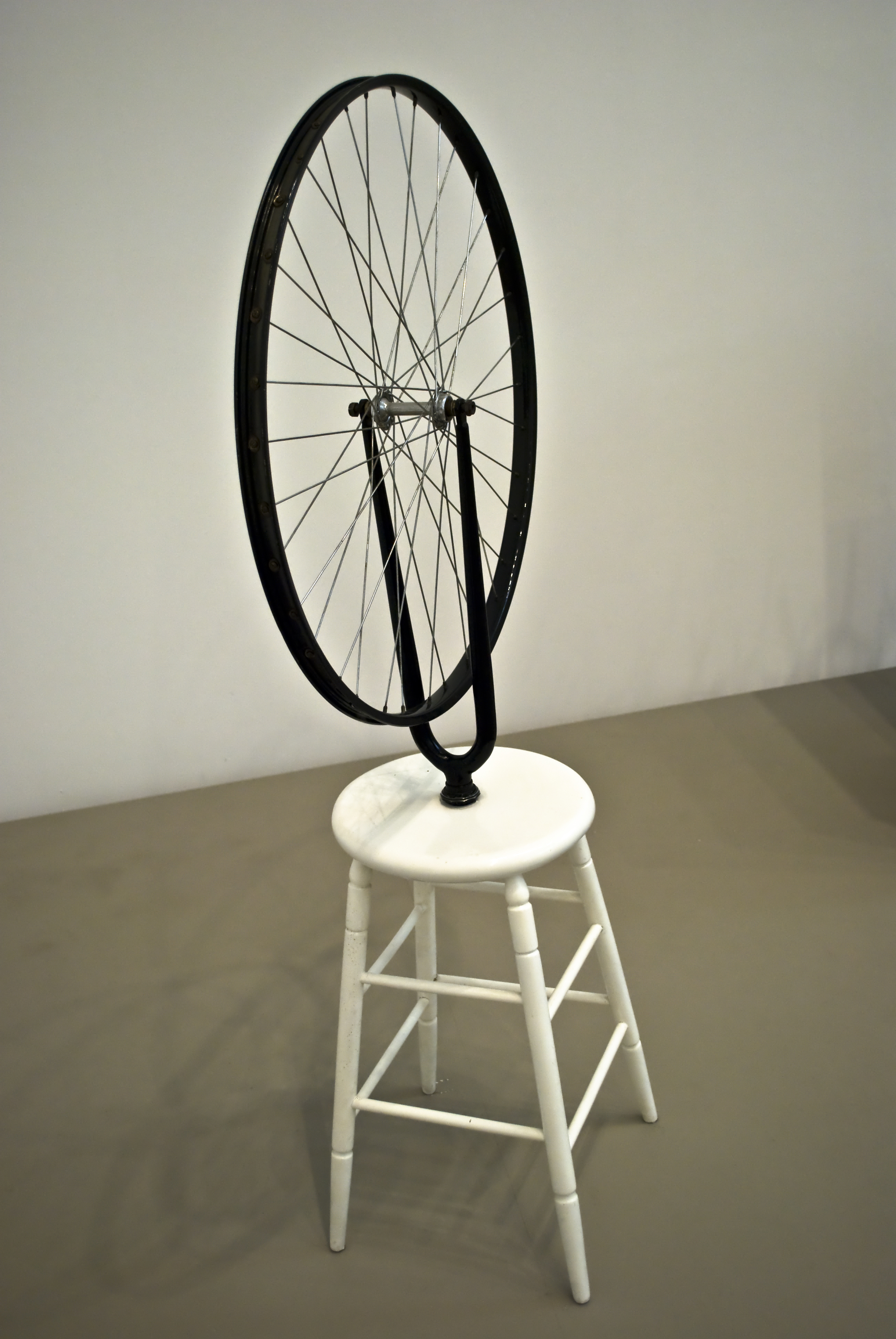 "dating evidence duchamp bicycle wheel ""bicycle wheel (1913) "", marcel duchamp metal wheel mounted on painted wood stool 51 x 25 x 16 1/2 analysis of bicycle wheel (1913."