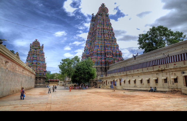 3808209672 a2f35dea02 z - Los templos Vímana en la India