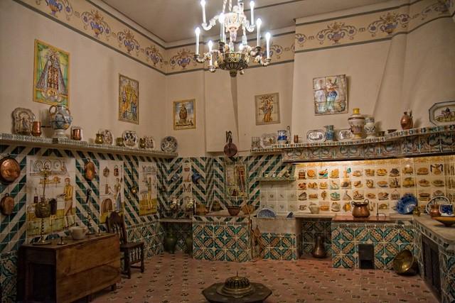 Valencia. Museo Nacional de Cerámica Gonzalez Martí II  Flickr - Photo Sharing!