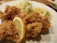 fried prawn(0.0), meal(1.0), lunch(1.0), tonkatsu(1.0), panko(1.0), fried food(1.0), chicken fingers(1.0), schnitzel(1.0), food(1.0), dish(1.0), cuisine(1.0), fried chicken(1.0), tempura(1.0),