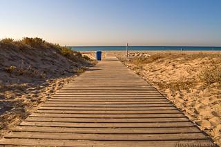 Imagen de Platja de Gavà. sea españa beach geotagged dawn sand esp gava castelldefels cataluna geo:lat=4126618473 geo:lon=201813430